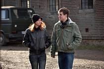 Členy seriálového týmu plzeňské kriminálky jsou mimo jiné Berenika Kohoutová a Vladimír Polívka.