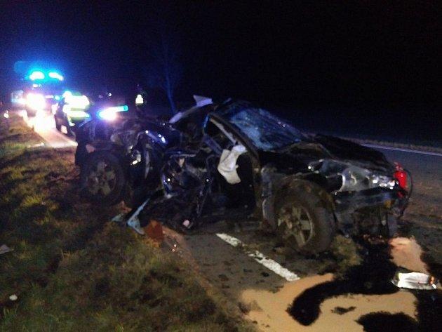 Mladá řidička z vážné nehody vyvázla se středně těžkými zraněními