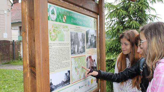 Otevření naučné stezky mezi Horní Břízou a Trnovou