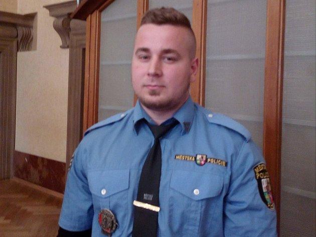 Strážník MP Plzeň, který zachránil ženu.