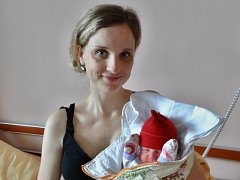 Julie Majcherová se narodila 21. března v 17:22 mamince Barboře a tatínkovi Dominikovi z Plzně. Po příchodu na svět v plzeňské fakultní nemocnici vážila sestřička dvouletého Davida 3210 gramů a měřila 48 centimetrů.