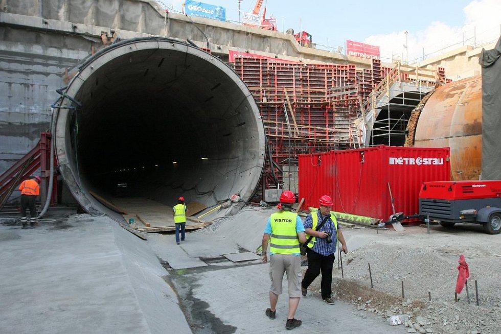 Deník navštívil nejdelší železniční tunel v České republice