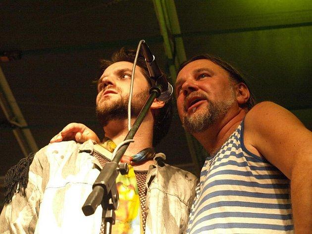 Na ulici - Koncert kapely Semtex na náměstí Republiky.