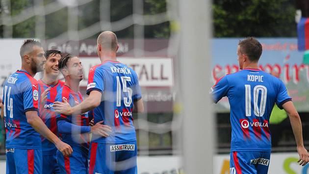 Radost Viktorie z gólu proti Achmatu Groznyj.