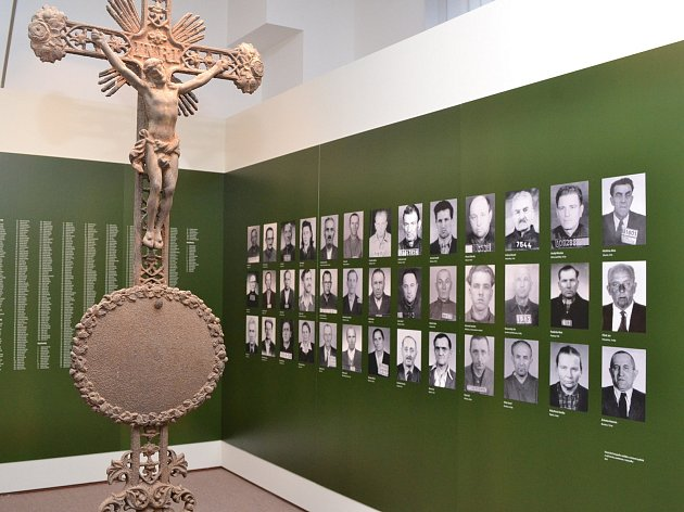 Výstava Rozkulačeno! potrvá v Milínově do konce června.