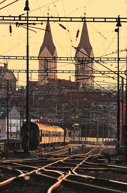 Industry Open zve o víkendu na vyjížďku vlakem do Škodovky.