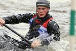 Mladík z Blovic reprezentuje ve slalomu na divoké vodě. I v současných mrazivých podmínkách jezdí trénovat do Sušice nebo za přítelkyní do Českých Budějovic.