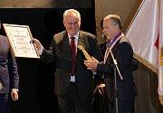 Prezident Miloš Zeman v Konstantinových Lázních, střípky ze setkání v kulturním domě, bez komentáře.