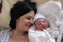 Antonio (3,42 kg, 52 cm) se narodil 10. března v 8:30 v plzeňské fakultní nemocnici. Na světě svého prvorozeného chlapečka přivítali maminka Marcela Lepore a tatínek Dominico Lepore z Plzně