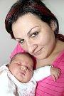 OSMILETÉ Nelince se narodila sestřička Ema Františka Potměšilová o váze 4,22 kg a míře 51 cm. Maminka Michaela a tatínek František si holčičku odvezou do Solenic.