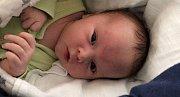 Lukášek Mičan se narodil 5. ledna s váhou 3,88 Kg a mírou 51cm rodičům Tereza a Lukášovi z Příbrami.