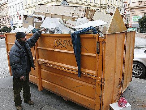 Některým lidem příbramská radnice poplatek za svoz odpadu odpustí