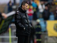 Trenér 1. FK Příbram Josef Csaplár.