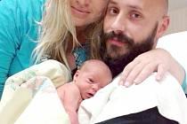 Daniel Bambas si pro příchod na svět vybral úterý 13. října a v ten den vážil 3,01 kg. Útulný domov pro prvorozeného syna v Počepicích připravili maminka Markéta a tatínek Tomáš.
