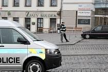 V pondělí byla nahlášeno umístění bomby v herně na náměstí TGM v Příbrami.