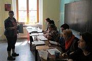 V historickém centru Příbrami se druhý den účast pohybovala mezi 20 a 30 procenty.