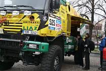 STEJNĚ jako letos v lednu pojede Martin Macík junior v kamionu s číslem 525. Dakar 2015 pro něj však bude premiéra – nebude navigátorem, ale pilotem vozu.