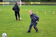 Děti si mohly vyzkoušet, jak je daný sport bude bavit a případně se rovnou přihlásit.