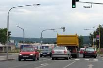 Řidiči pokladají za rizikovou křižovatku ulic Husovy a K Podlesí