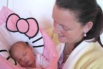 V pátek 29. července si mamina Olga spolu s tatínkem Janem z Dominikálních Pasek poprvé pochovala dcerku Aničku Wernerovou, která v ten den vážila 4,08 kg a měřila 52 cm. Vyrůstat bude s tříletou sestřičkou Eliškou.