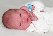 Jakub PRAVDA se narodil 19 dubna s váhou 3,28 a mírou 49 cm rodičům Andree a Jakubovi z Příbrami.