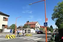 Příbramská ulice v Dobříši má už druhý Oranžový přechod.