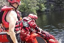 Příbramští hasiči cvičili na Slapech.