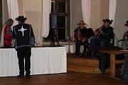 Maškarní ples na zámku Radíč