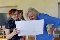 Výtvarná soutěž o cestovateli Hanzelkovi zná vítěze.