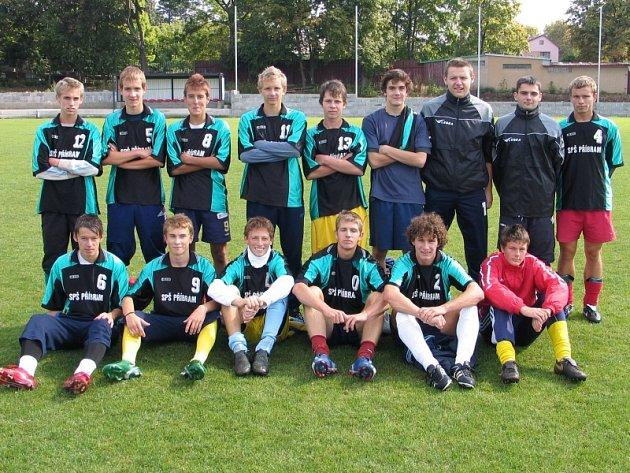 Vítěz okresního kola turnaje ve velkém fotbale středních škol - SPŠ Příbram.
