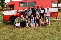 Dobrovolní hasiči z Kňovic na jedné ze soutěží v požárním sportu.