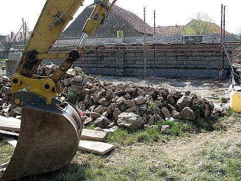 V Rosovicích vyrůstá nový areál pro veřejnost.