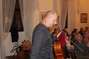 Violoncellový recitál Jana Páleníčka s klavírním doprovodem Jitky Čechové na zámku v Březnici.