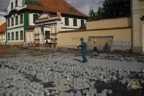 Rekonstrukce Mírového náměstí v Dobříši.