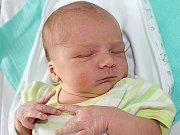 ONDŘEJ LUKEŠ se narodil v pátek 21. července o váze 3,39 kg a míře 49 cm mamince Monice a tatínkovi Jakubovi ze Svojšic.