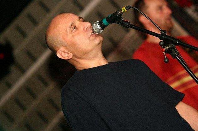 Tony Ducháček.