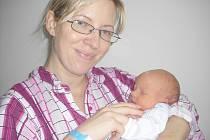 V pondělí 4. listopadu maminka Zuzana a tatínek Petr z Příbrami poprvé sevřeli v náručí své první štěstíčko – synka Olivera Švehlu, která má z toho dne u jména zapsánu váhu 3,48 kg a míru 47 cm.