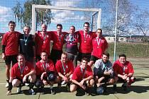 TÝM. Házenkáři TJ Stará Huť dlouhou dobu patřili k nejlepším týmům nejvyšší soutěže. Nyní vládnou oblastnímu přeboru Středních Čech.