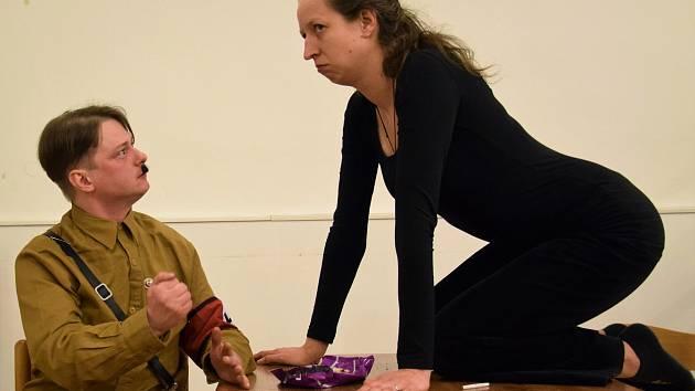 Foto z představení.