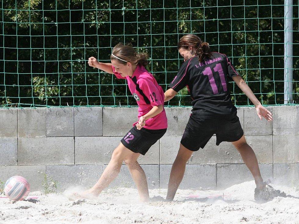 Turnaj v plážovém fotbalu, který se hrál 1. srpna v areálu SK Spartak Příbram.