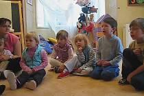 Děti vám to poví: Co dělá parašutista?