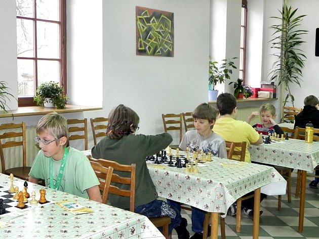 V Jincích se konal turnaj šachových nadějí.