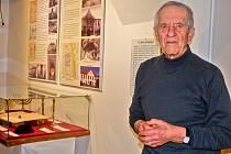 HISTORIK Jiří Páv přiblížil židovské stavby i pohnutý osud židovské komunity na Sedlčansku.