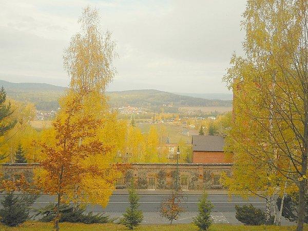 Zlesíku Koráb je jeden znejkrásnějších výhledů na Brdy.