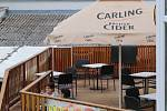 S prvním dnem otevření zahrádek byli v centru Příbrami lidé k vidění jen na terase pizzerie Dante.