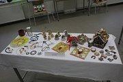 K vidění byly například krásné šperky a vánoční dekorace.