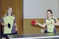 RP II: Sádek B - TTC Příbram D. Barbora Průšová (vlevo) a Petra Velebilová (TTC).