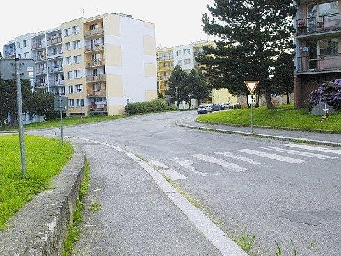 Přechod v Březnici, kde už je nyní instalované světlo od Nadace ČEZ..