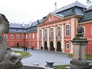 Zámek Dobříš je pro návštěvníky atraktivní tím, že má otevřeno po celý rok.