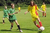 OP žáků, baráž - 2. zápas: Březnice (žlutí) - Borotice (2:0). Radost trenérů Borotic po postupu.